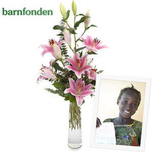 Bukett med rosa liljor. En välgörenhetsbukett i samarbete med Barnfonden och Euroflorist.