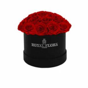 Rosbox fylld med exklusiva röda rosor - finns hos Florister i Sverige